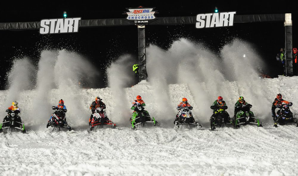Pro Open Snocross racing from 2016. Photo by ArcticInsider.com